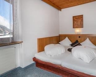 Kleines Doppelzimmer im Gästehaus